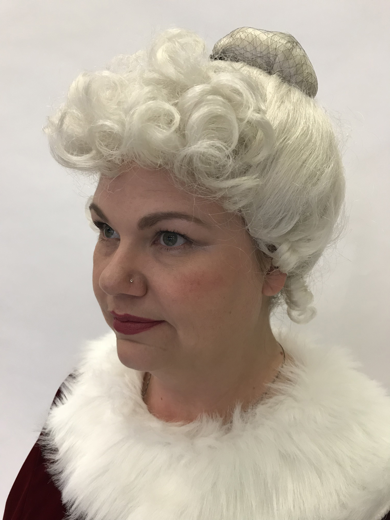 Mrs. Santa Upsweep